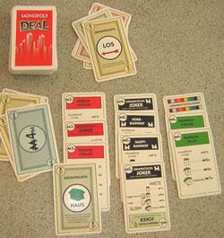 Karten vom nachziehstapel und darf nun bis zu drei karten ausspielen